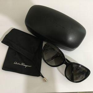 Ferragamo SF708S Women's Oval Sunglasses, Black